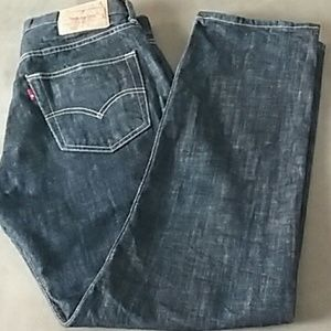 Levi's 501 button fly 32 x 32 dark jeans straight